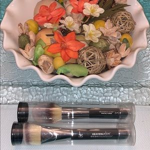IT cosmetic makeup brushes